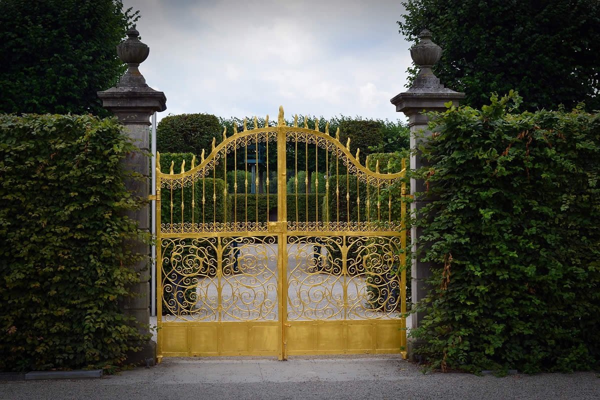 Popular Styles of Driveway Gates