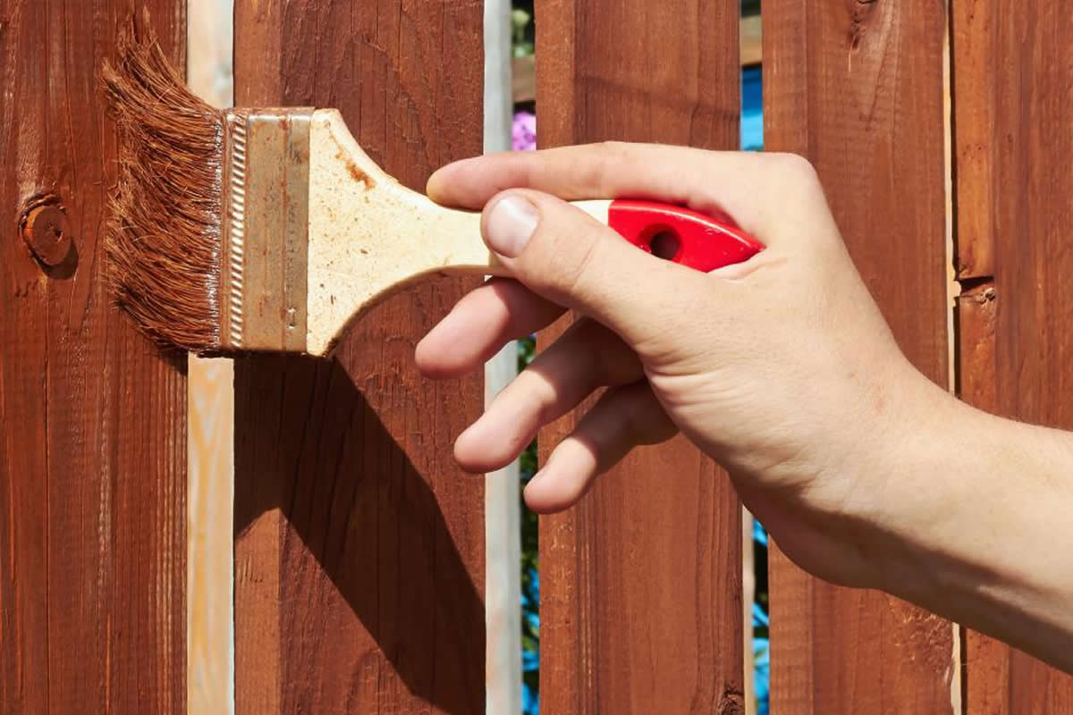 Three Maintenance Tips for Your Wood Fence