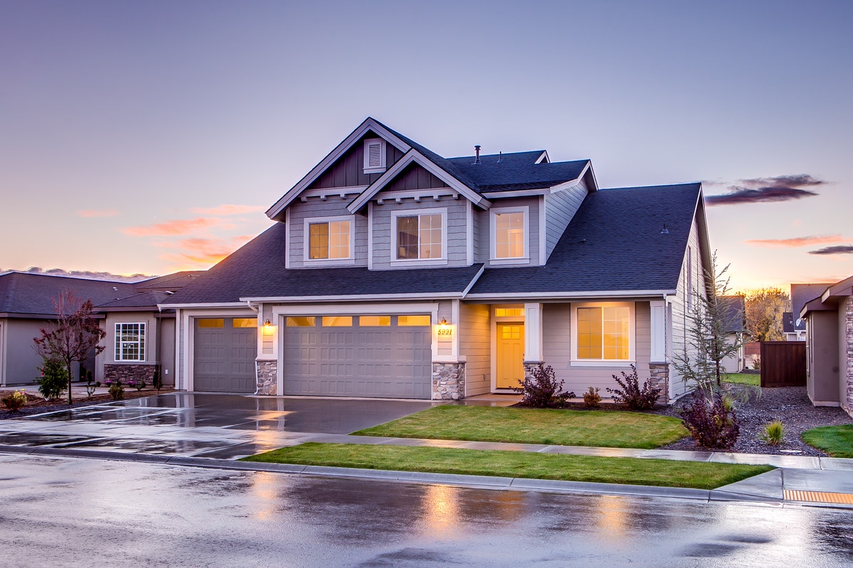 Four Simple Ways to Update Your Curb Appeal