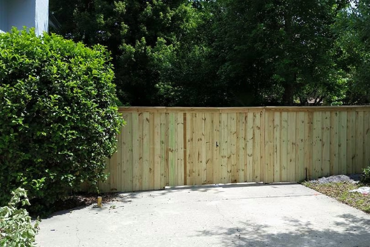 What You Should Expect When Our Professionals Install Your Fence