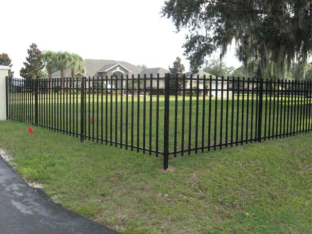 Aluminum and Metal Fencing