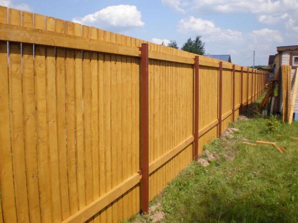 Stockade Fence Wulff Fence